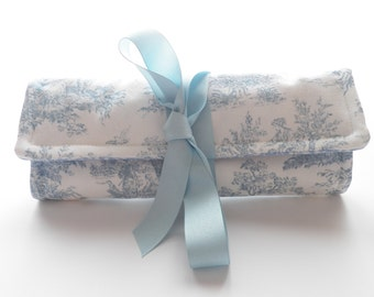 French Toile  Blue and White Pattern  Jewelry Roll  Bridesmaid Gift Travel Accessories
