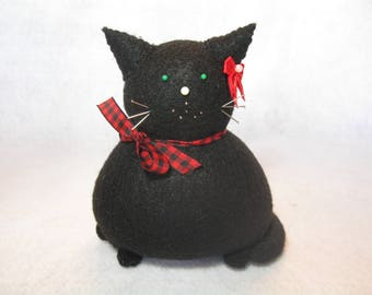 Cute black cat, Cat pincushion, Felt animal, Sewing accessory, Black felt pincushion, Cat home decor, Black cat lover gift, Soft sculpture