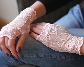 Stretch Lace Gloves in Gently Rose. Stretch lace, fingerless lace gloves, Bride, bridesmaid, gift for her.  Ready to ship.