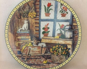 Knowles Cozy Country Corners Collector Kitty Plate - 'Apple Antics' (#177)