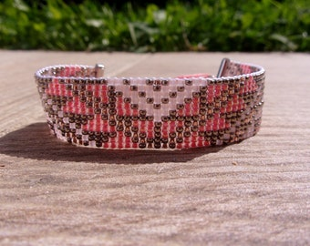 FLAMINGO pink and silver bracelet