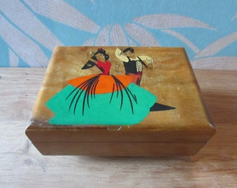 Vintage wooden hand-painted flamenco dancers music box
