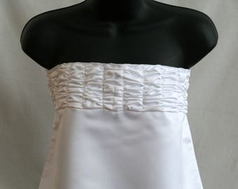 Ruffled Bridal Bib
