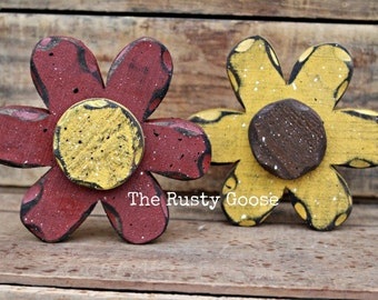 Summer Flowers, Primitive Flowers, Spring Decor, Summer Decor, Daisy Shelf Sitter, Rustic Flower, Rustic Summer, Mother's Day, Wood Flower