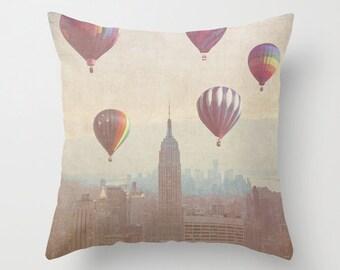 New York City pillowcase - Chic Home Decor  - Vintage Photograph throw pillow - Vintage Balloons over the City pillow