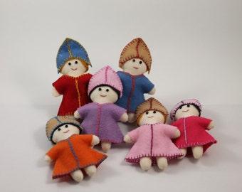 Russian Lady Mini-Doll