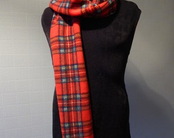 Royal Stewart tartan scarf, red tartan scarf, traditional Scottish plaid, red checked scarf