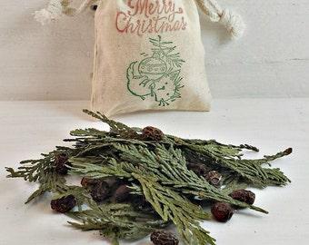 BULK Christmas Tree Decor, Christmas Favors, Herb Sachet, Seasonal Potpourri, Holiday Aromatherapy, BULK Christmas Ornament, Cedar Sachet
