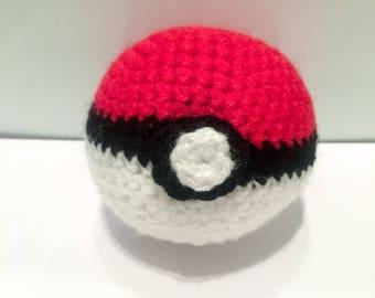 Crochet Poké Ball