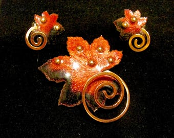 Vibrant Vintage 50's MATISSE RENOIR Designer Signed COPPER Rich Rust and Black Enamel Leaf Brooch Pin Clip Earrings Jewelry Set Christmas
