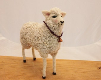 Sheep, Needlefelted White sheep, Felted Sheep #2336
