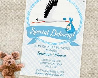 Storch und Baby Boy Duscheeinladung mit blauen Streifen und Banner Digital druckbare Datei mit professioneller Druck-Option - Cardtopia
