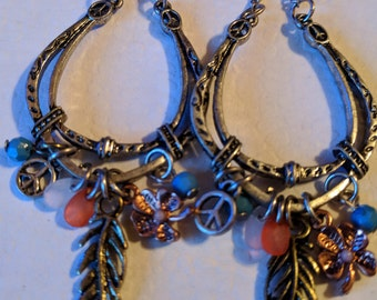 Southwest Fun Style Horseshoe Dangling Earrings