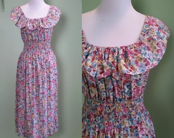 1970s Ruched Floral Sundress - Vintage 70s Day Dress - Small/Medium/Large