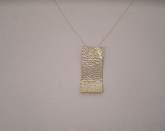 Sterling Silver 925/1000 silver hammered pendant. Marek model