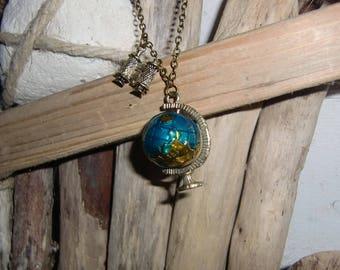 Terrestrial globe: pendant