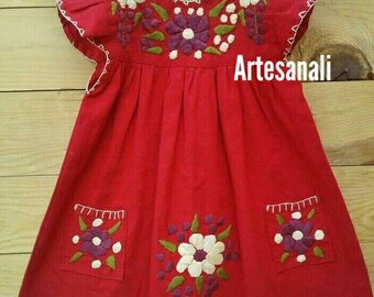 Beautiful hand embroidered dress size 1T −2T/