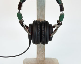 "Headphone Stand ""FOR 6"""