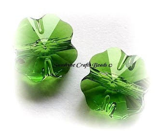 Swarovski Crystal Beads 4 Pcs 5752 FERN GREEN Clover Faceted Bead - Sizes 8mm & 12mm Available