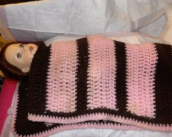 Hand knitted doll blanket in brown & pink for 18 inch Dolls - agfnb1