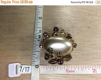 10%OFF3DAYSALE Vintage Gold Toned Purple Rhinestone Floral Pin Brooch Used