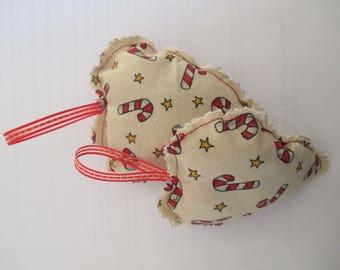 2 fabric hearts to hang