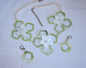 Fabulous Vintage Carved Mother of Pearl and Cultured Freshwater Pearl Statement Necklace and Matching Earrings