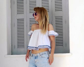 Off the shoulder top -ruffle top ,off the shoulder ruffle blouse ,boxy crop top ,ruffle sleeve top,womens top,summer top,bardot top