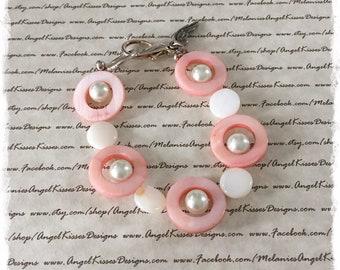 Summer Shell Bracelet- Peaches N Cream