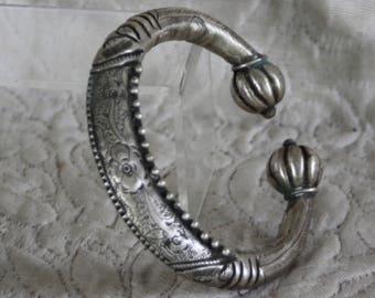 Vintage silver bracelet  Chinese Ethnic Minority Yi