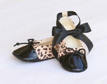 Cheetah Baby Shoe, Animal Print Toddler Ballet Slipper, Little Girl Ballet Flat, Dance Shoe, Crib Shoe, Baby Bootie, Baby Souls Baby Shoes
