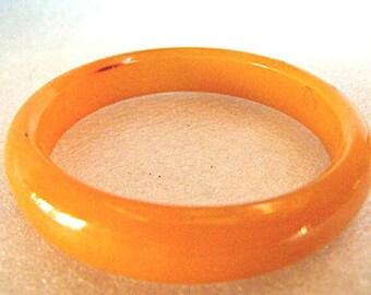 Bakelite Bracelet - Orange Marbled Bakelite Bangle from the 1960's - Retro Swirled Orange Bakelite Bangle Bracelet