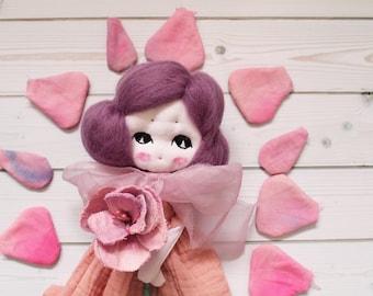 Poupée d'art Rose, poupée tissu, reine, reine de coeur, OOAK,  fait main, cirque, art, miniatures, conte, art doll, cadeau pour elle