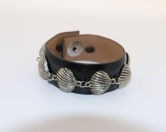 Black and Silver Seashell Cuff Bracelet.