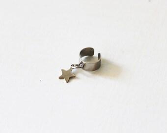 Silver star ear cuff/Non pierced ear cuff/silver ear crawler/silver star ear wrap/silver ear jacket/Cartilage earring/cartilage ear cuff