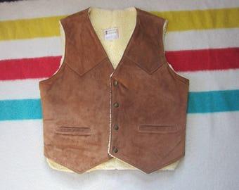 Large Nubuck Genuine Leather Shearling Vest / Faux Fur Lined, Size 44 L, Suede, Berman's, 70s Rancher