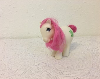 MAY Birthflower Pony, Lily of the Valley, My Little Pony, vintage G1 My Little Pony, Friendship is Magic