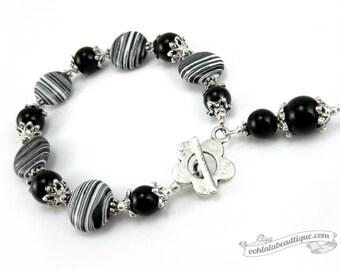 Black and White Stripe bracelet, black bracelet, yoga jewelry, boho bracelet, meditation bracelet, black white jewelry, bead bracelet, gift