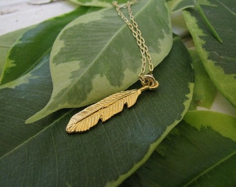 Feather Gold necklace - Feather pendant,  Indian jewelry.Simple gold necklace, Everyday necklace, Dainty gold necklace, Leaf necklace