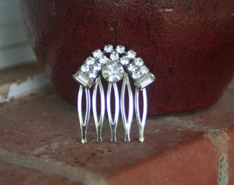 H142 Vintage Diamond Rhinestone Upcycled Hair Comb