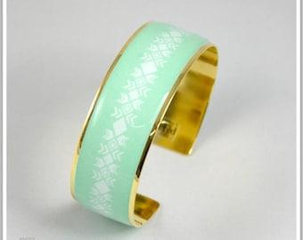 2 cm gold plated 24 k Maria light green Cuff Bracelet