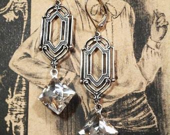 1920s Womens Fashion - 1920s Themed Wedding - Art Deco Jewelry - Miss Fisher - Downton Abbey Style Jewelry - Womens Jewelry