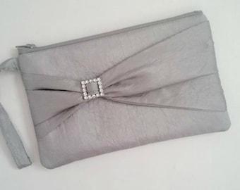 Silver Wristlet - Silver Clutch - Gray Clutch - Silver Bridesmaid Clutch - Gray Bridesmaid Clutch - Silver Bridal Purse - Flower Girl Clutch