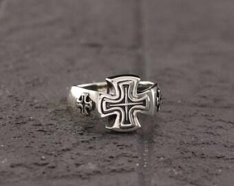 Cross signet ring, Crusader silver ring, Man silver ring, Unique silver cross ring, Cross ring, Silver ring for men, Men silver signet ring