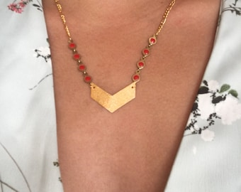 Red and gold arrow pendant necklace