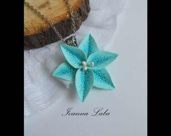 Blue flower, star pendant, wedding pendant, bridal accessory, bridesmaid pendant, bridesmaid jewelry, flowers accessory