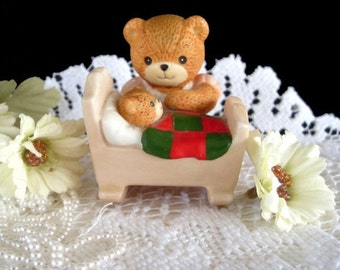 Lucy and Me Figurine * ENESCO * Mama Bear And Baby In Cradle 1985