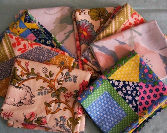 Set of 8 Vintage Sheet Fat Quarter Bundle  4 of Each