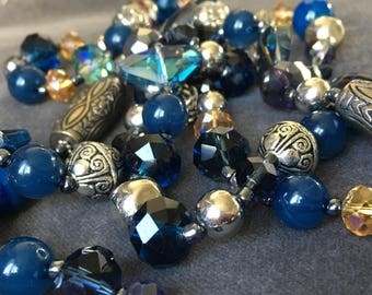 Stunning Vintage Aurora borealis Glass bead Necklace and Earring Set