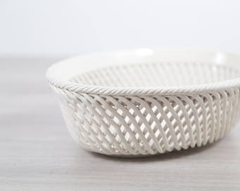 Italian Ceramic Basket for Fruit / Vintage Braided Decorative Standing Tray with Woven Design